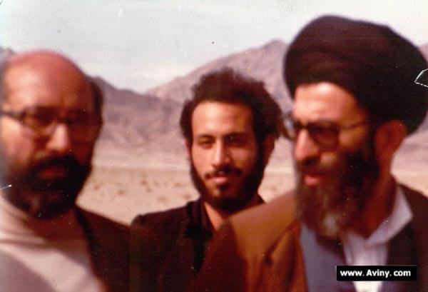 http://dl.aviny.com/Album/defa-moghadas/Shakhes/chamran/kamel/03.jpg