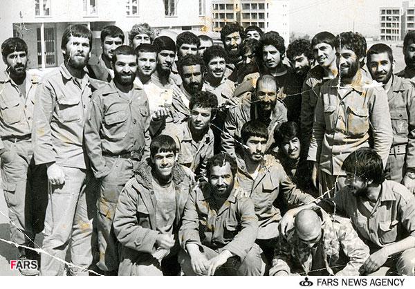 http://dl.aviny.com/Album/defa-moghadas/Shakhes/movahed-danesh-alireza/kamel/07.jpg