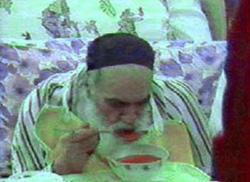 تصاویر امام خمینی (ره) در بیمارستان